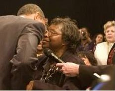 2009-02-obama-kissing